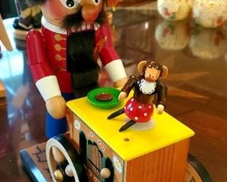 $50 -Steinbach Nutcracker - Dancing Monkey w/ Music Box