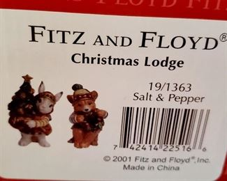 Fitz & Floyd - Christmas Lodge S&P Shaker