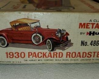 1930 Hubley Metal Packard Roadster Car Kit in Box