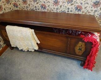 ... LANE cedar chest, exceptional condition