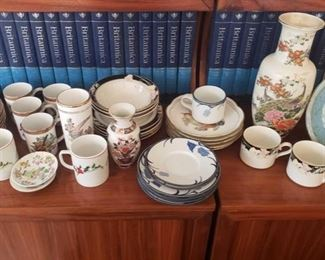 1510: China Plates, Tea Cups, Saucers, Vases, Serving Plates and More 4 Cupboards full of punch bowls, large serving plates, decorative plates, and more