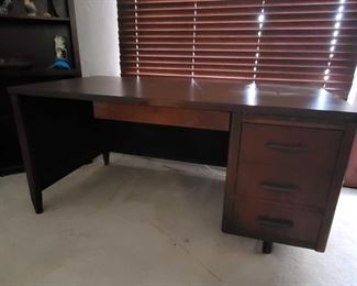 """Nice Vintage Office Desk Nice Vintage Office Desk measures 5' long and 31 inches deep 29"""" tall"""