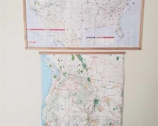 2 Posters of The United States Measurements Include 28×40, 30×44