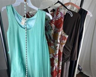 4. Lot of 5 Womens Dresses