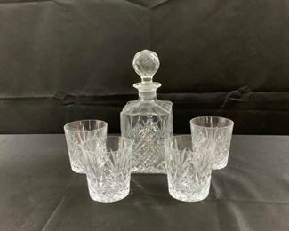Decanter with Four Glasses