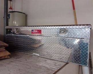 Pickup Toolbox with Auxiliary Gas Tank