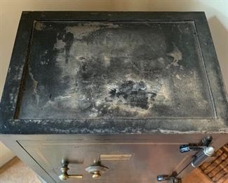 Antique Safe Mosler Bowen & Cook Mexico34x25.75x19.5inHxWxDSC100