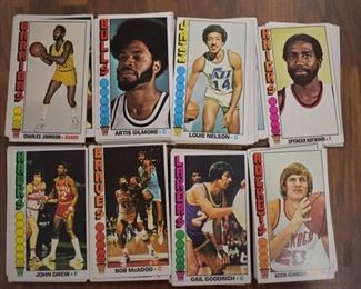 Lot of Approximately 110 NBA Basketball Trading Cards: Topps 1969  -WILL SHIP