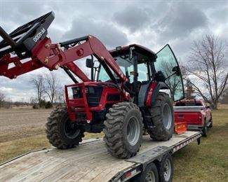 Mahindra - 75HP - 2019 - Loader Tractor - 14 Hours