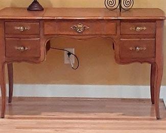 Maple vanity