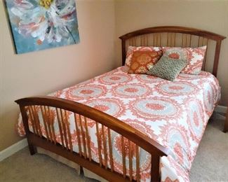 Queen Size bed, mattress and box springs and comforter set