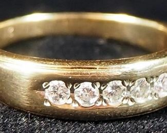 Gent's Diamond Wedding Band, 5 Diamonds Weigh 0.15 Car Total SI1 Clarity G-H Color In 6.2g 14K Gold Band, With Appraisal, Size 10