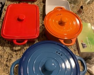 Very nice iron bakeware