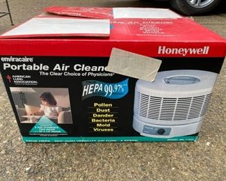 Honeywell Enviracaire Air Cleaner https://ctbids.com/#!/description/share/366787