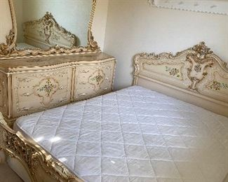 Cal king bedroom set like new condition