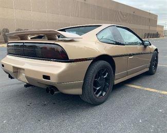1987 Pontiac Fiero GT LOW MILES & NEARLY MINT