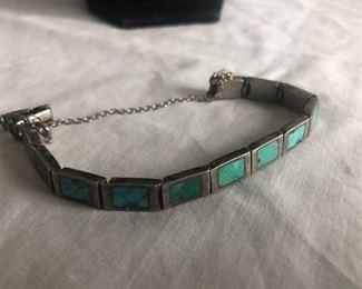 Vintage high end sterling silver & Turquoise bracelet