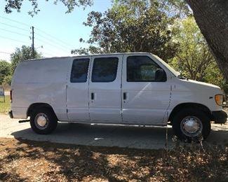2000 Ford Van