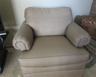 Thomasville Upholstered Side Chair