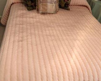 Full mattress/bedding