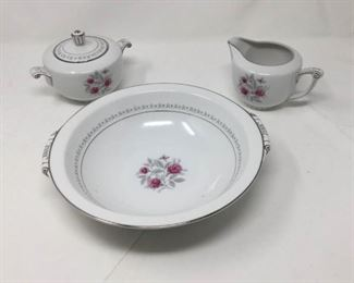 Narumi Mentone China Pieces https://ctbids.com/#!/description/share/361459