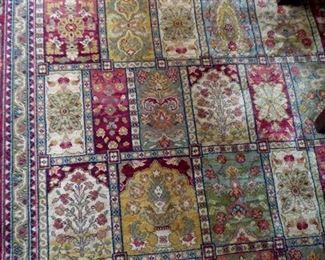 "BIN $850 or BO  Karastan Antique Legend, 100% Wool 10 x 14 ""Bakhtiyari"" Rug. (Compare At $5000 New)"
