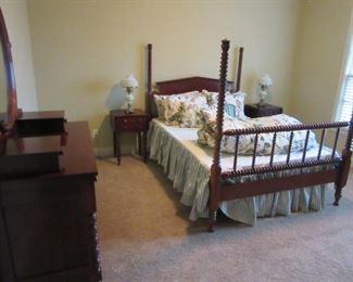 Davis Cabinet Cumberland Valley Bedroom Suit