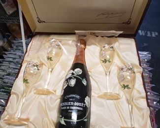 Vintage collectible 1989 Champagne Perrier Jouet gift set