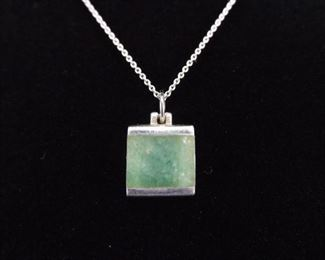 .925 Sterling Silver Inlayed Jade Pendant Necklace