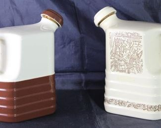 "Universal Pottery Depression Era  : Brown & White  and ""Homestead"" Gold on White Jug w/Stopper"