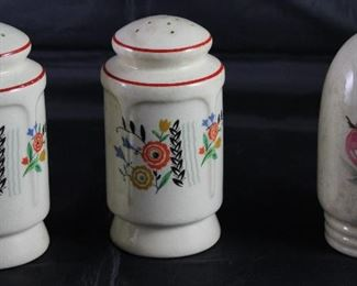 Universal Pottery Depression Era: Floral Garden Shaker Set and Fruits Single Shaker