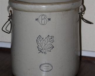 Southwestern Stoneware 6 Gallon Crock With Metal Handles