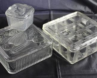"Vintage Refrigerator/Leftovers Dishes:  Hazel Atlas ""Crisscross"" Square( 8.5"" ) Dish w/Lid and Federal Glass Intaglio Vegetables w/Lid:  (4"") Square Dish and 8.5"" Square Dish"