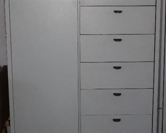 Mid-Century Palliser Furniture Art Deco 2-tone Gray Chiffonier:  single door with 4 shelves and 7  drawers