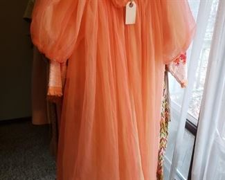 Vintage robe $12.00