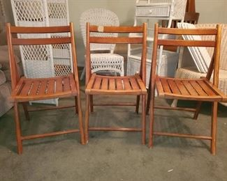 $45 (P3) Vintage Folding Chairs.