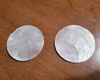 $10 (P15b) Mother of Pearl Style shells