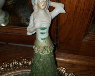 Dresser Antique Figurine