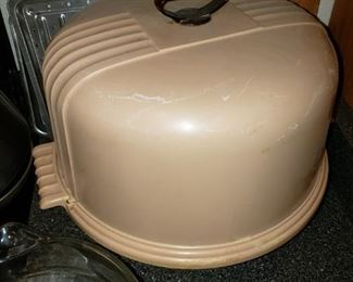 Vintage Collectible Cake Carrier - $15