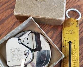 Vintage Razor Blade Sharpener. Vintage Scale