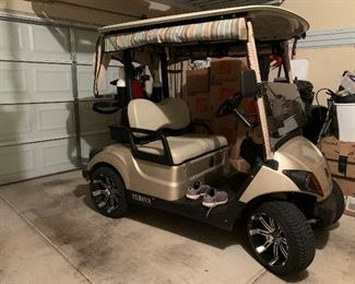 WOW!!! 2017 YAMAHA LOADED 48 VOLT GOLF CART  WITH 2 YEAR OLD TROJAN BATTERIES ~ $5850 OBO