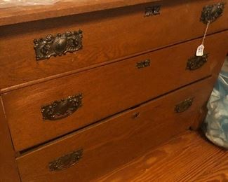 #19 Oak Small Dresser 3  1/2  ft wide  1. 1/2 ft deep  $85.00