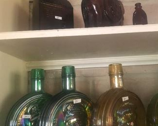 #25 Bottom iridescent presidential jars $30.00 each