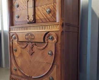 Art Deco Chest (Bedroom Suite with Lots 151, 152) https://ctbids.com/#!/description/share/371954