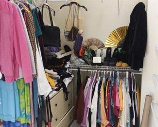 CLOTHES/SHOES/PURSE LOT - $50