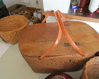 Great baskets and picnic baskets