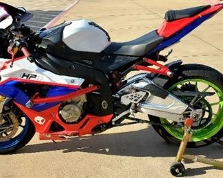 "BMW S1000RR 2011  1 Owner bike 35,000 miles Many extras.  Minor nicks and scratches  Full system akrapovic exhaust  Race rail For steering dampener  Crg levers Powder coated rims Several extra fairings Bike stand Day 1 price is $8,200.00; There is a reserve price on this item. If interested hit the ""Contact to Buy"" button or text Billie at (281) 739-5749"