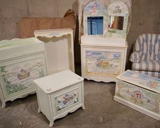 $500 9 Piece Noah's Ark Bedroom Set