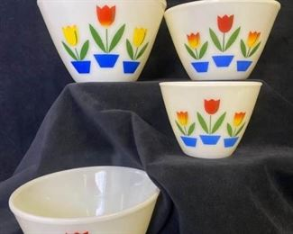 072m Fire King Tulip Nesting Bowls