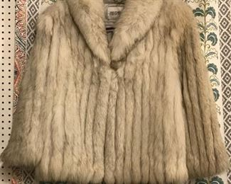 LADIES SIZE 14/16 L/XL GREY FOX FUR COAT  $245  LOOKS LIKE NEW - WORN MAYBE 3-4 TIMES AT MOST